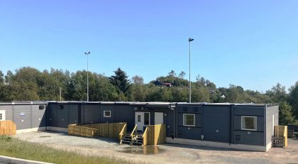 Eide Bygg & Anlegg AS has delivered  the school pavilion  to Karmøy Municipality.